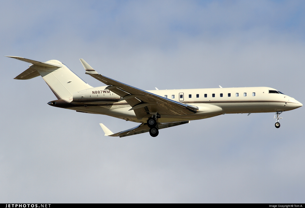 Photo of N887WM Bombardier BD-700-1A10 Global Express by Tom A.