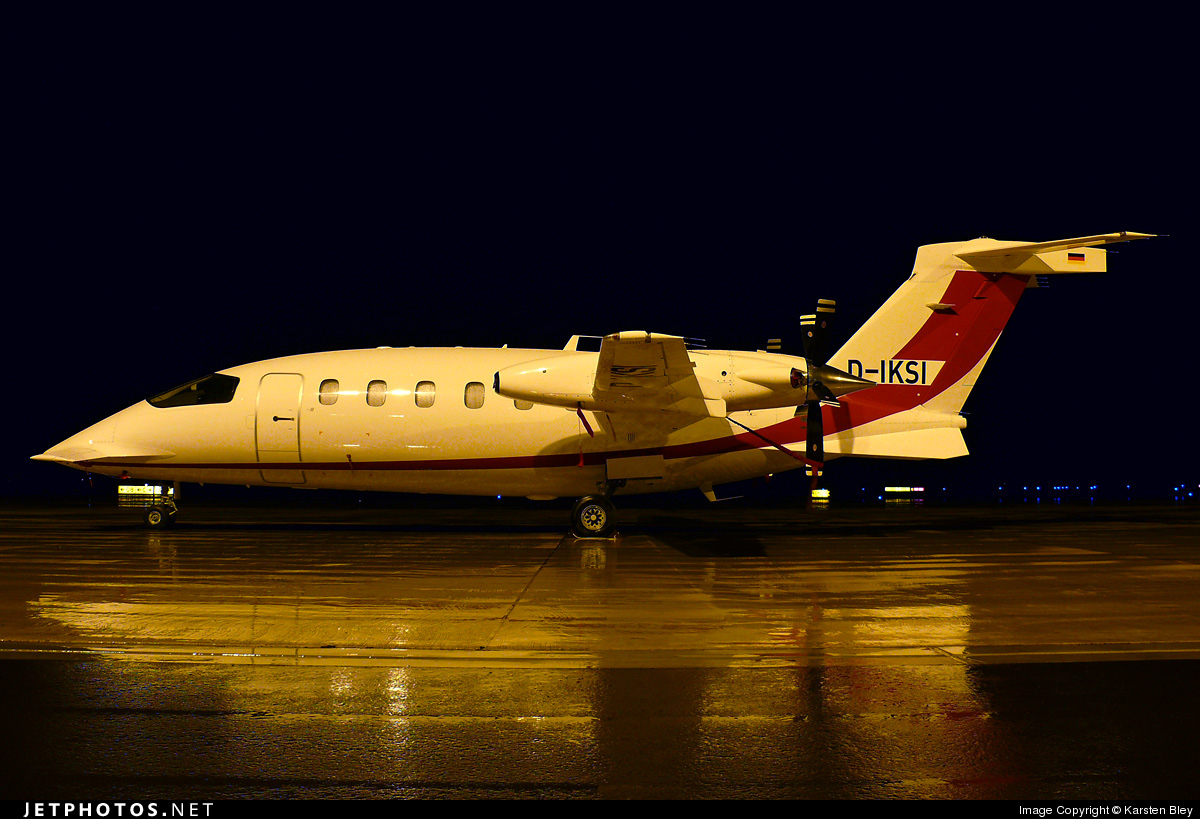 Photo of D-IKSI Piaggio P-180 Avanti II by Karsten Bley