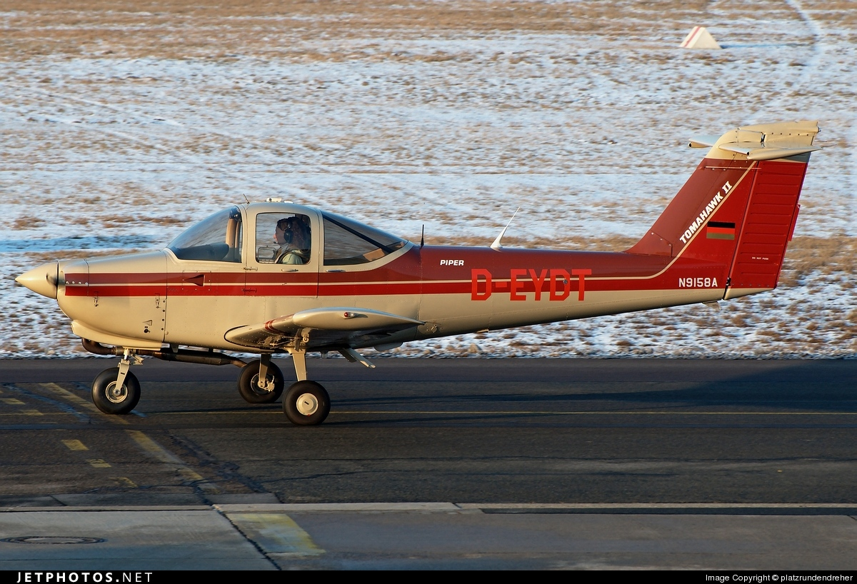 Photo of D-EYDT Piper PA-38-112 Tomahawk II by platzrundendreher
