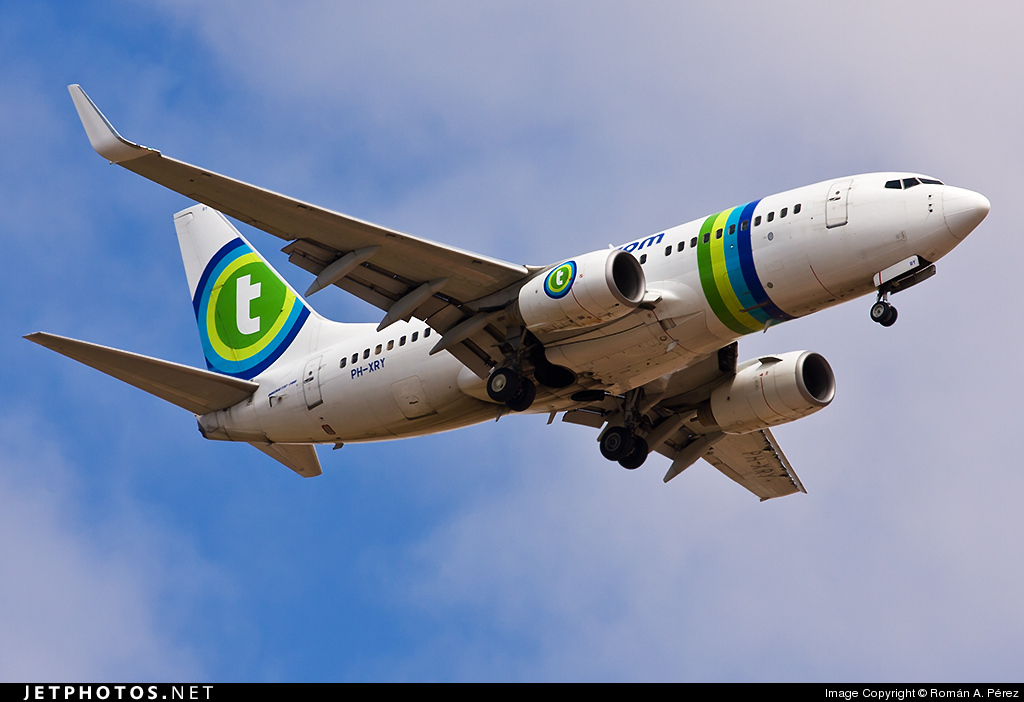 Photo of PH-XRY Boeing 737-7K2 by Román A. Pérez