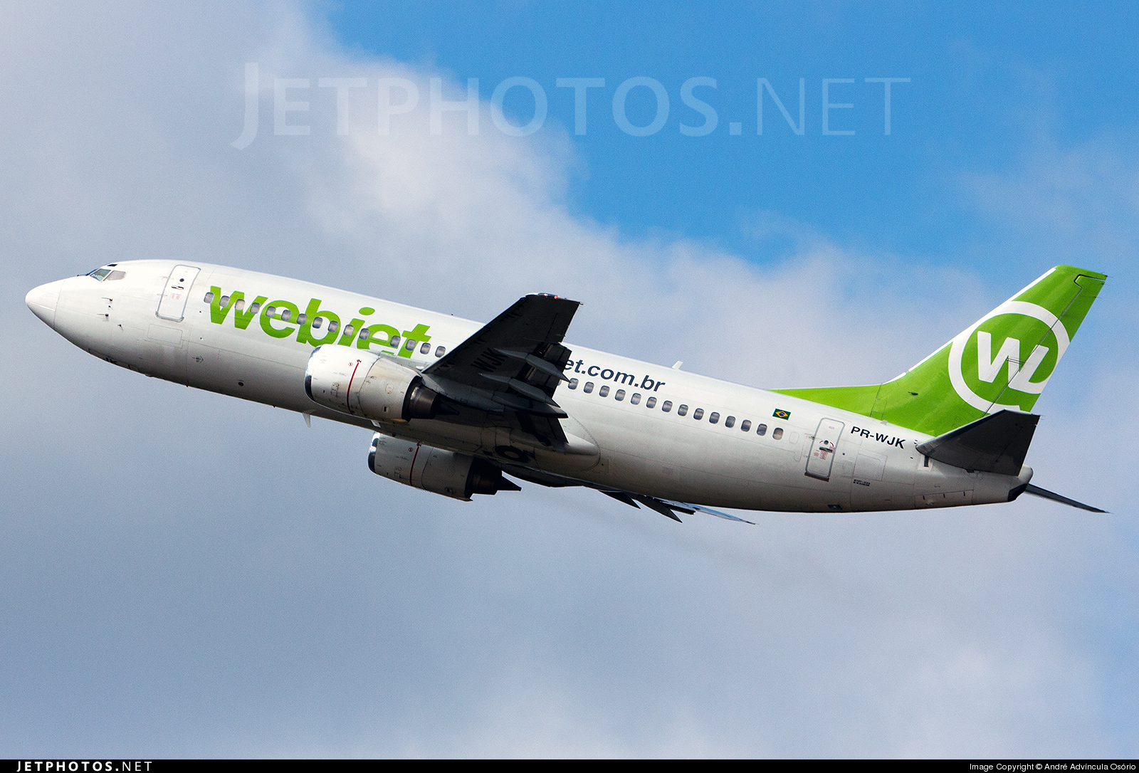 Photo of PR-WJK Boeing 737-33A by André Advíncula Osório