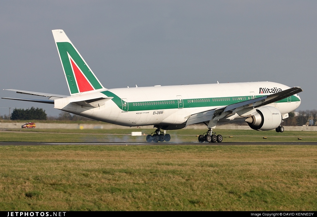 Photo of EI-DBM Boeing 777-243(ER) by DAVID KENNEDY