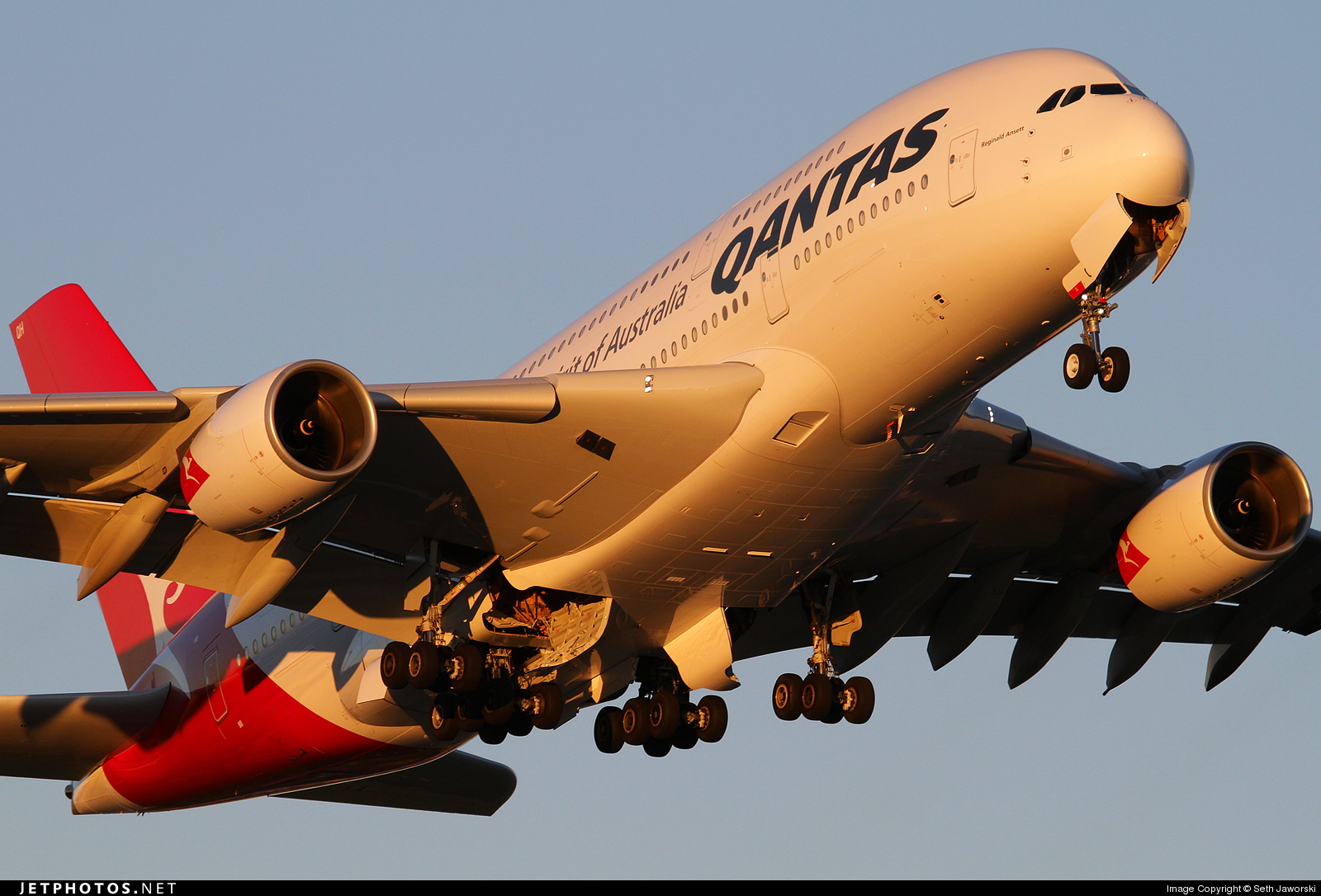 Photo of VH-OQH Airbus A380-842 by Seth Jaworski