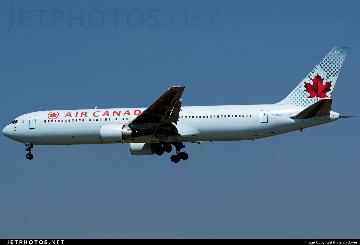 Photo of C-FMXC Boeing 767-333(ER) by Stefan Bayer