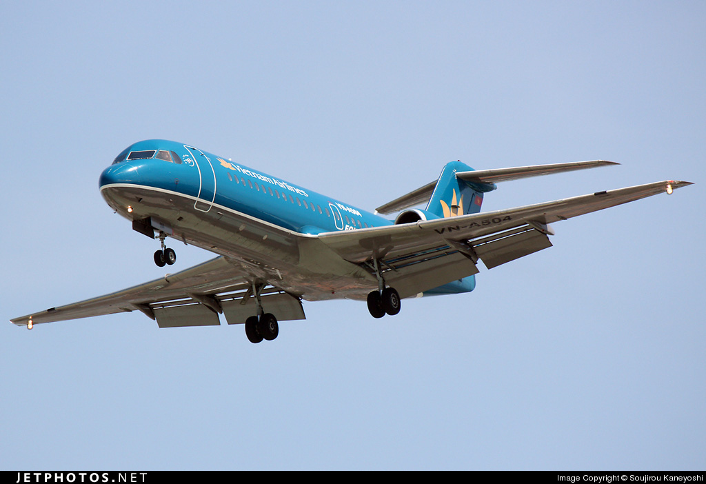 Photo of VN-A504 Fokker 70 by Soujirou Kaneyoshi