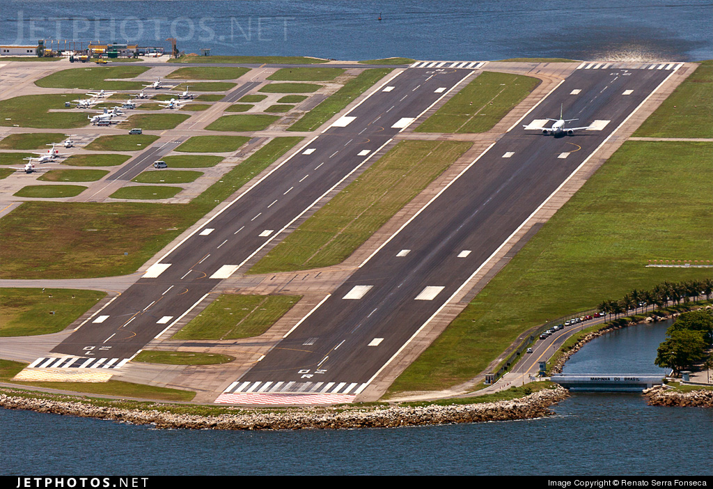 Photo of SBRJ Airport by Renato Serra Fonseca - AirTeamImages