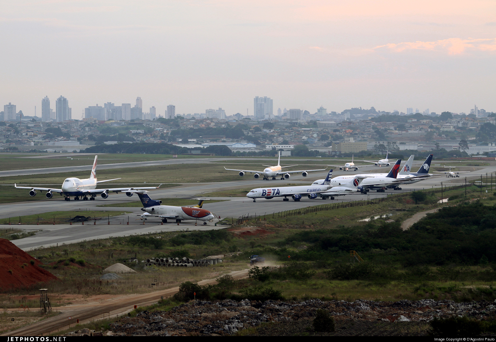 Photo of SBGR Airport by Delta Papa