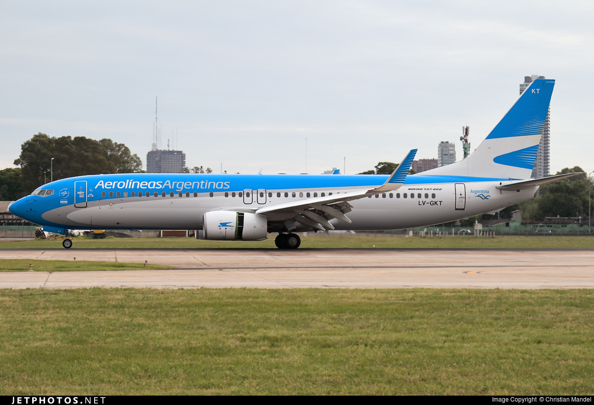 Photo of LV-GKT Boeing 737-887 by Christian Mandel