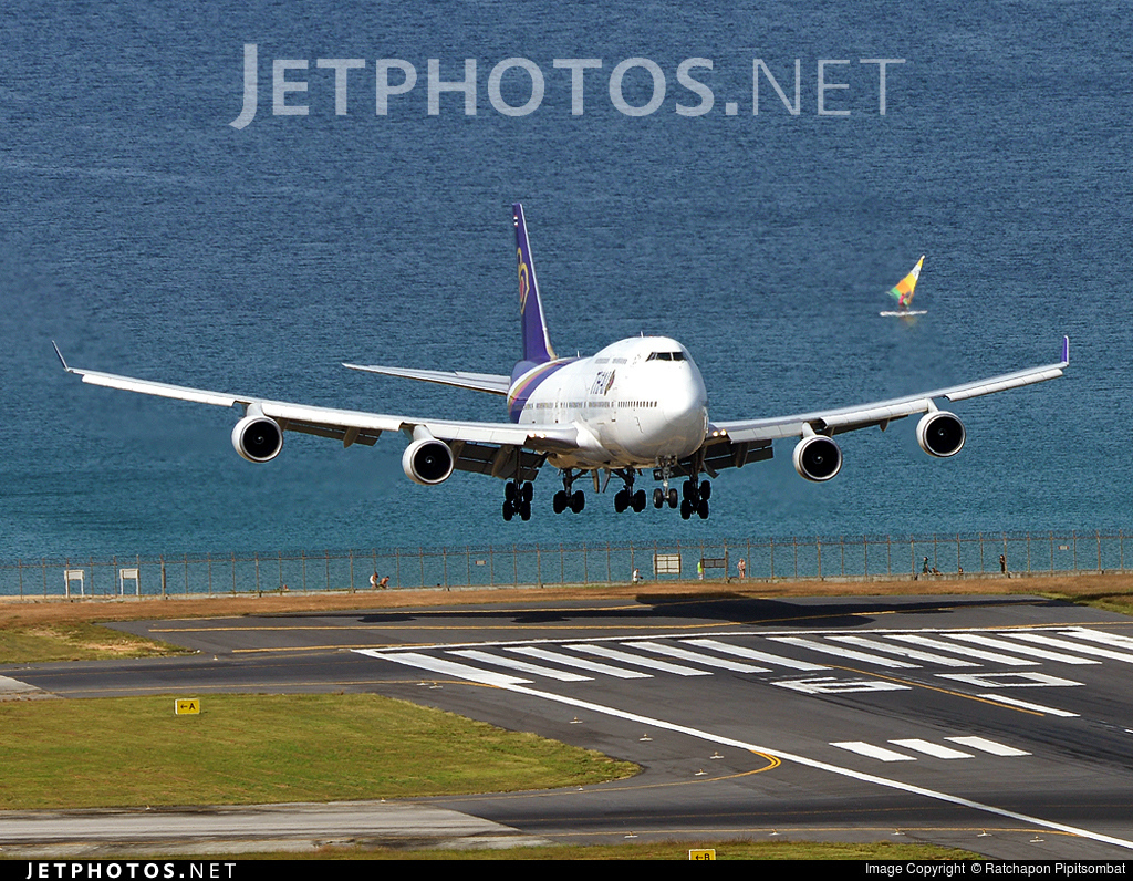 Photo of HS-TGF Boeing 747-4D7 by Ratchapon Pipitsombat