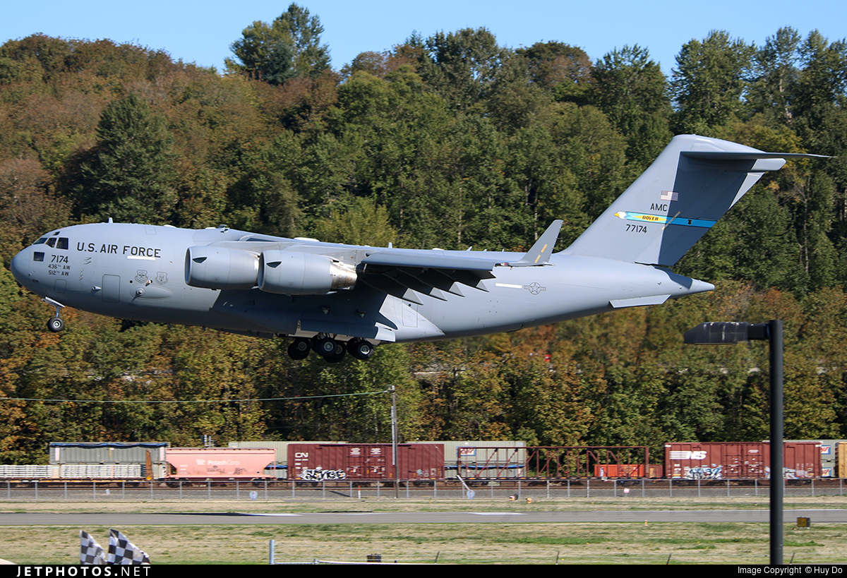 Photo of 07-7174 Boeing C-17A Globemaster III by Huy Do
