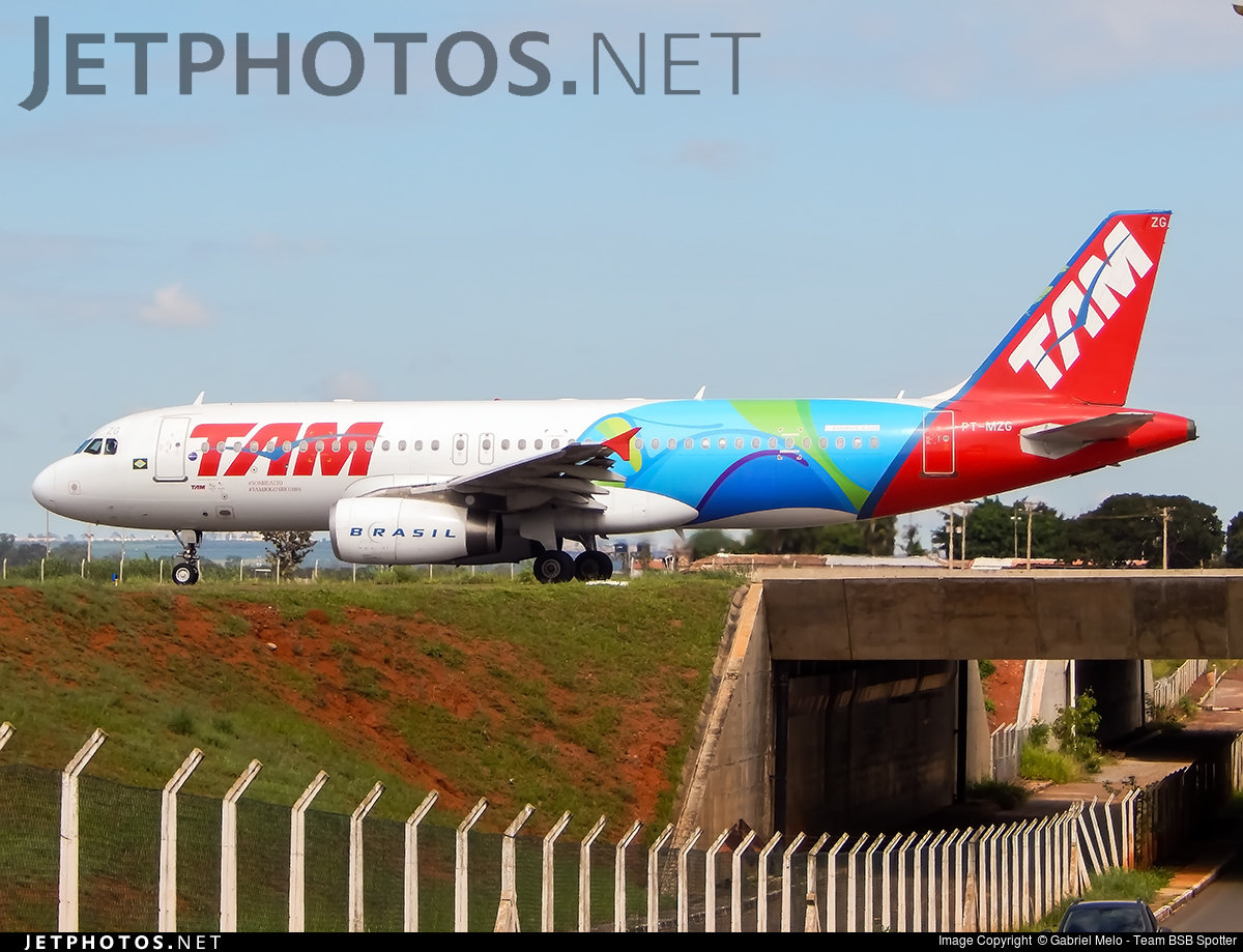 Photo of PT-MZG Airbus A320-232 by Gabriel Melo - Team BSB Spotter