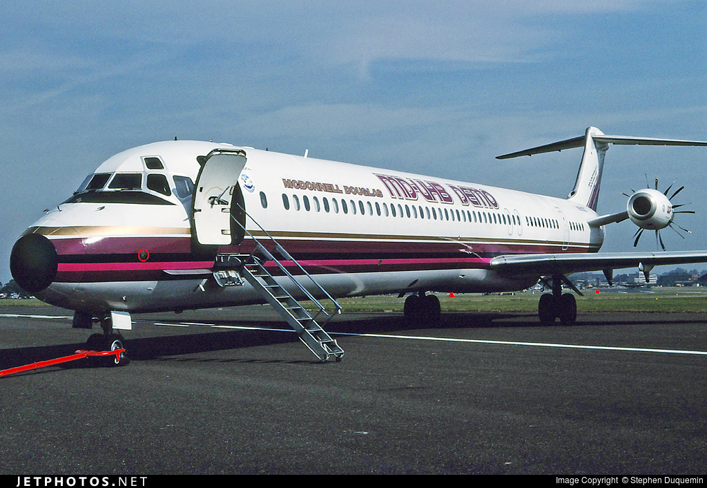 Photo of N980DC McDonnell Douglas MD-81 by Stephen Duquemin
